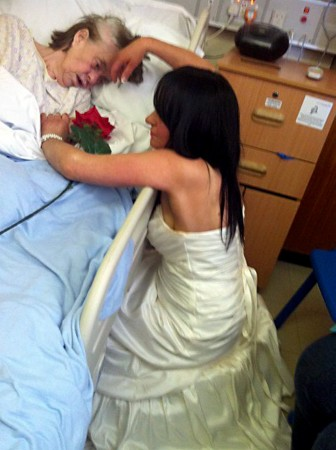The touching moment that Lisa Bullock donned her wedding dress to visit her terminally ill mother Nelly Bullock.