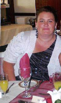 Rhiannon Edwards, 34